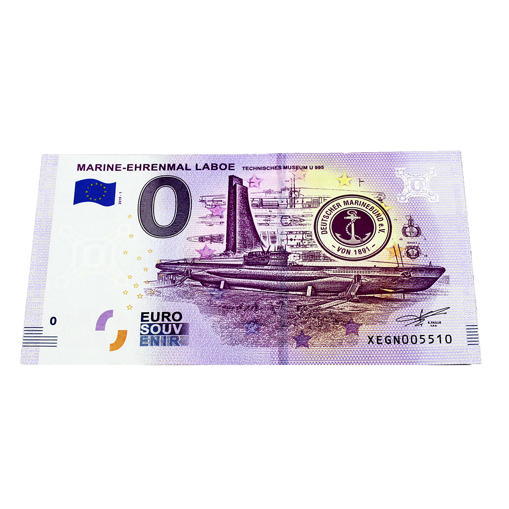 Brosche aus recycling Cnanel Knopf ca 1 euro M\u00fcnze gross